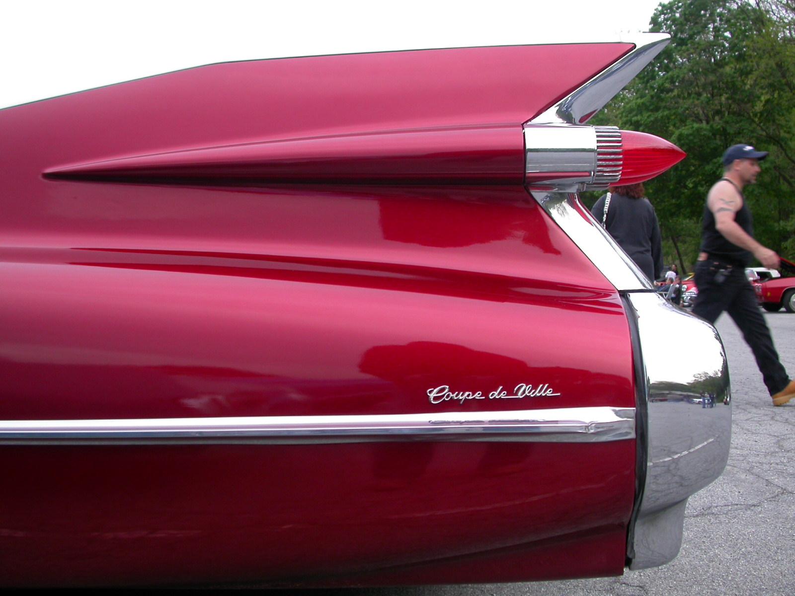 Cadillac tailfin