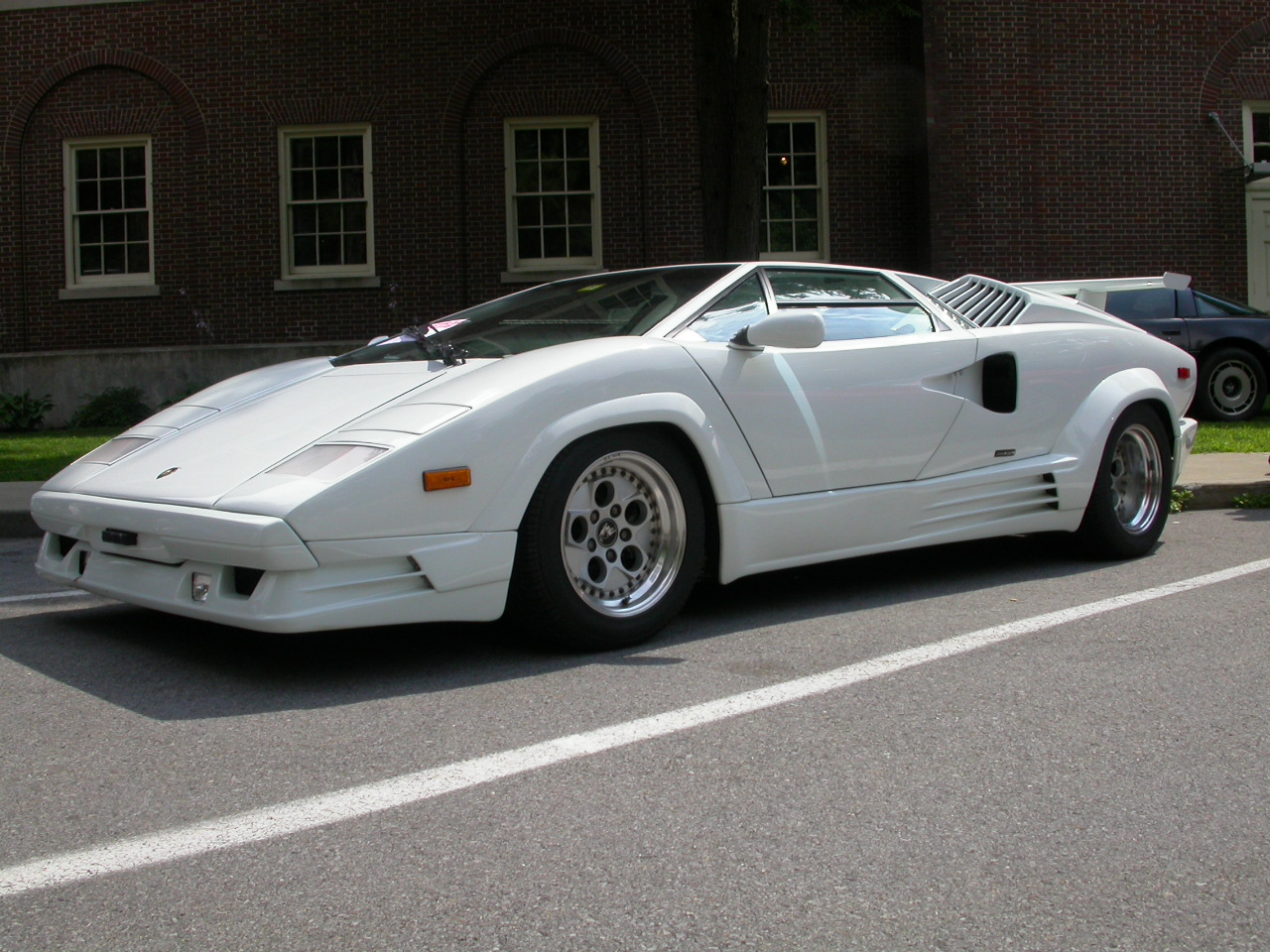 blog art and car 1989 lamborghini countach 5000. Black Bedroom Furniture Sets. Home Design Ideas